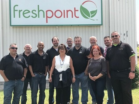 Zoes-kitchen-Meeting-freshpoint-produce
